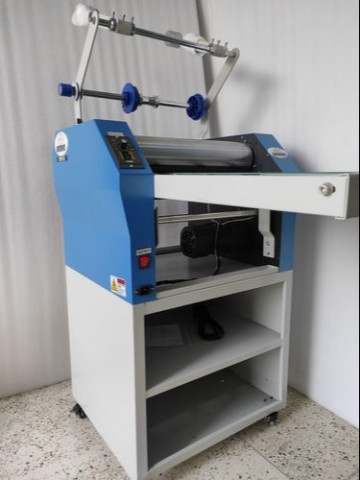 Hexadecimal 390B Thermal Lamination Machine