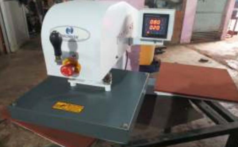 T-shirt Badge Printing Machine AMJ-8/8